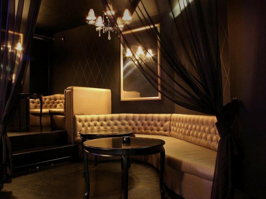 New Orleans Night Club; najlepszy klub nocny Warszawa; klub nocny w Warszawie; klub gogo w Warszawie; klub ze striptizem w Warszawie; nocna restauracja w Warszawie