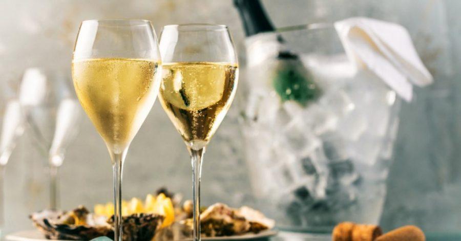Szampan w klubie nocnym – na jakie imprezy w klubie nada się szampan?